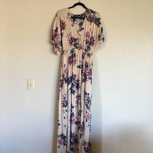 Lulu's Floral Maxi Wrap Dress size Medium